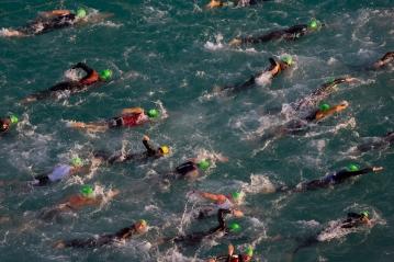 abu dhabi triathlon sea swim