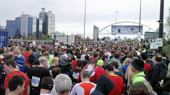 greater manchester marathon start line