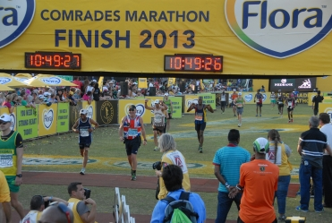 comrades marathon finish, comrades marathon review, ultramarathon reviews, gary dixon