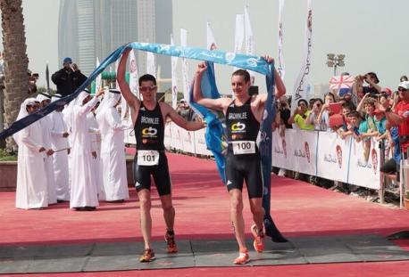 brownlee triathlon abu dhabi, abu dhabi triathlon brownlees