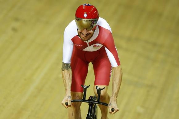 BRADLEY wiggins to ride pru london
