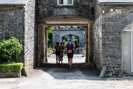lough cutra castle triathlon review run
